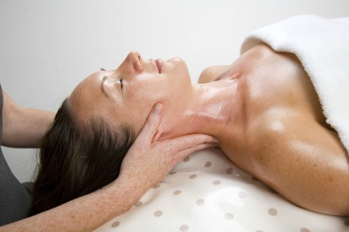 5666 Dove Spa pamper package 1