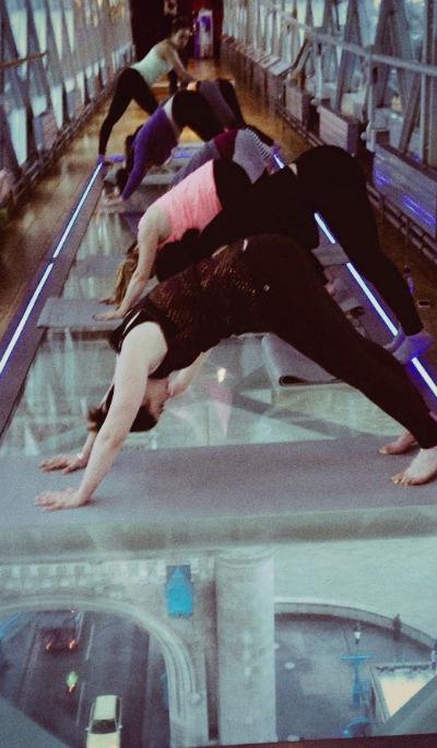 yoga-towerbridgeJPG