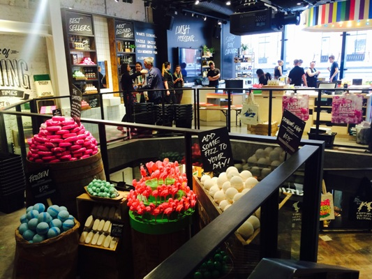 lush store oxford st