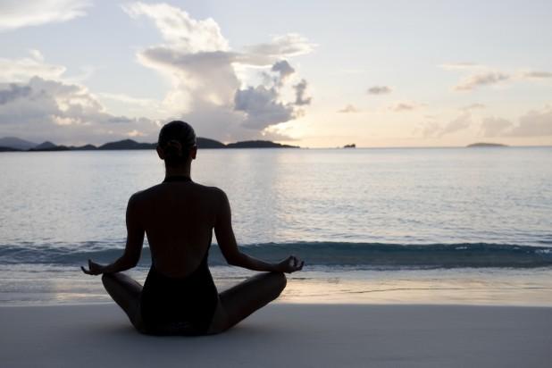 yoga-at-beach-618x412
