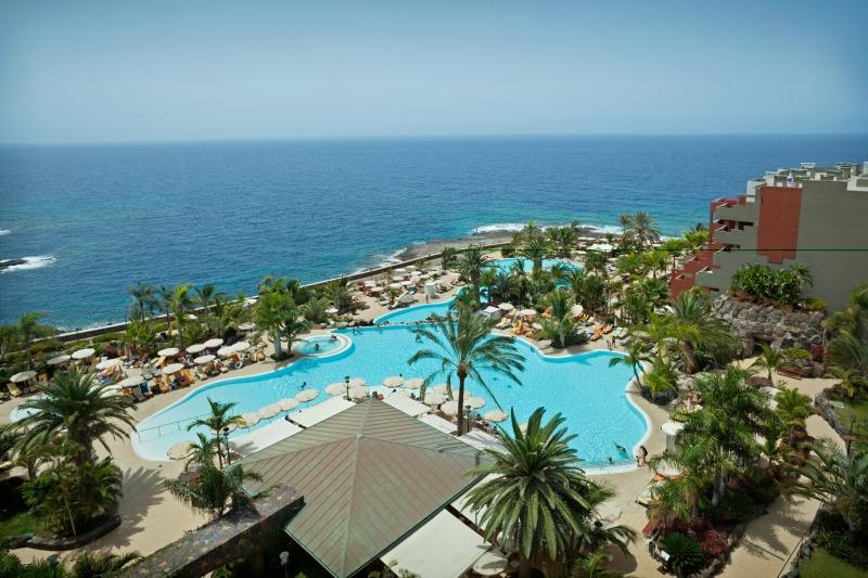 Roca Nivaria Hotel