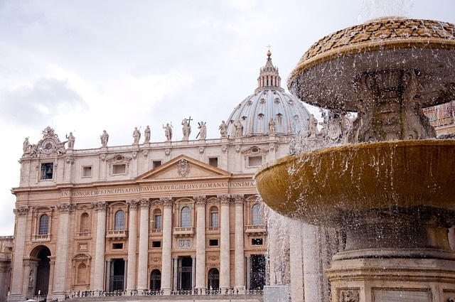 st-peters-basilica-2875093_640